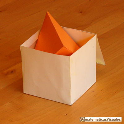 Тетраэдр в кубе