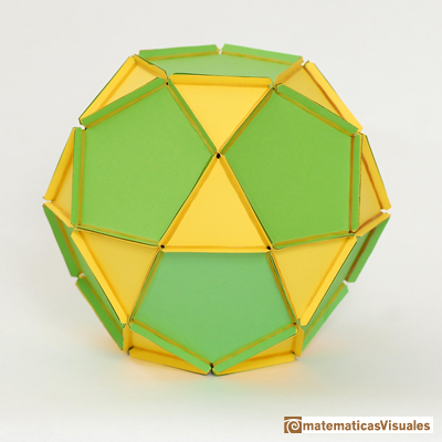 Dodecahedron: Icosidodecahedron, paper model with rubber bands | matematicasVisuales