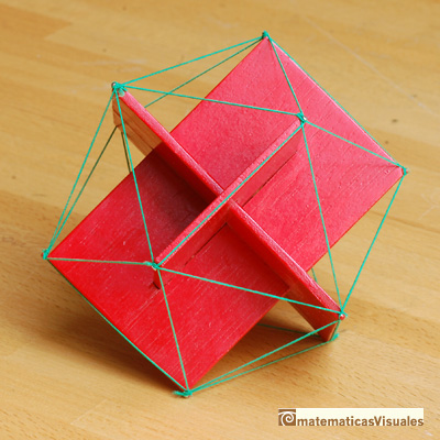 icosahedron: Three golden rectangles and the icosahedron | matematicasVisuales