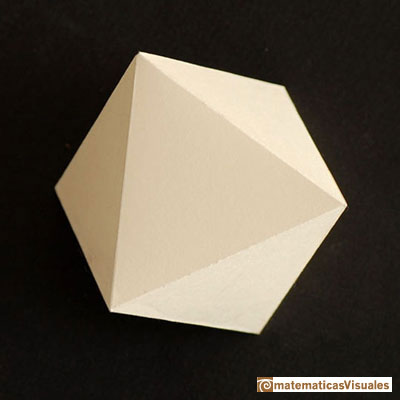Octahedron: built using cardboard | matematicasvisuales