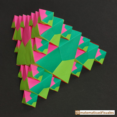 Volume of a octahedron: origami, octahedra inside a tetrathedron  | matematicasVisuales